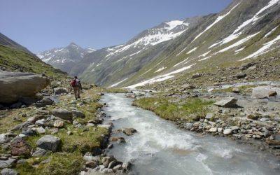 Kövesd a folyót: Túraút az Alpok leghosszabb gleccserfolyója mentén