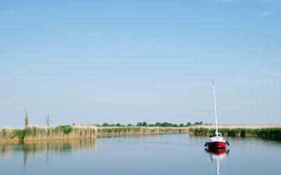 Fertő tó: Az agrárminiszter kiáll a természetpusztító luxusberuházás mellett